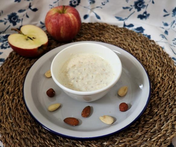 Ovesná kaše s příchutí jablka a ořechů, 7 kusů