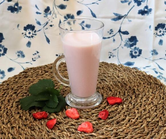 Jahodový milkshake, 7 kusů